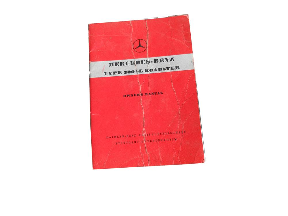 Original Mercedes-Benz 300 SL Roadster owners manual Edition B. - Front 3/4 - 139859