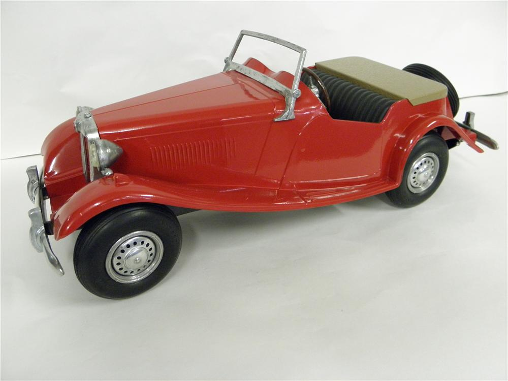 1950s vintage Doepke MG TD cat metal model. Built precisely and fully restored - Front 3/4 - 139884