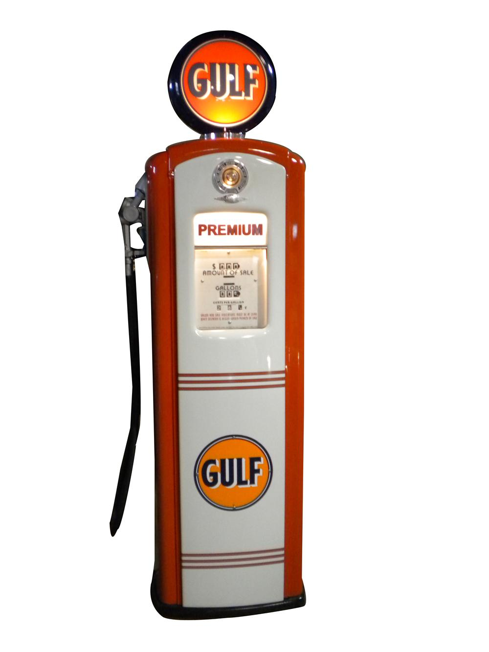 Magnificent late 1940s-50s Gulf Oil Bennett restored service station gas pump. - Front 3/4 - 139896
