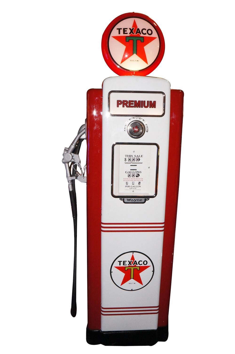 Addendum Item - Very good looking late 1940s Wayne 40 restored service station gas pump in Texaco regalia. - Front 3/4 - 145304
