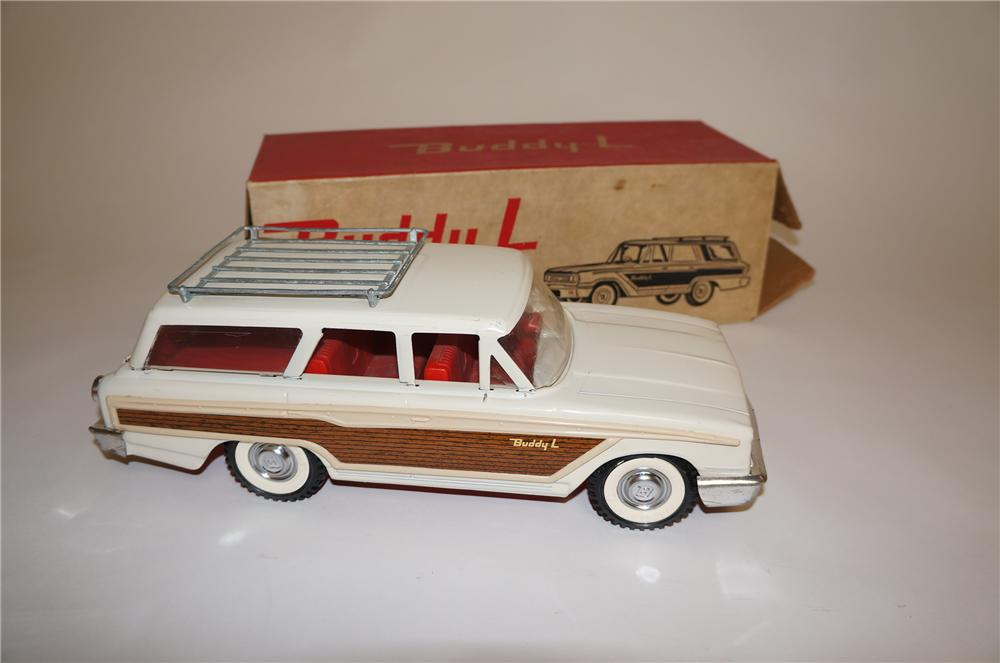 Choice 1950s Buddy L Country Squire Wagon still in the original box! - Front 3/4 - 151806