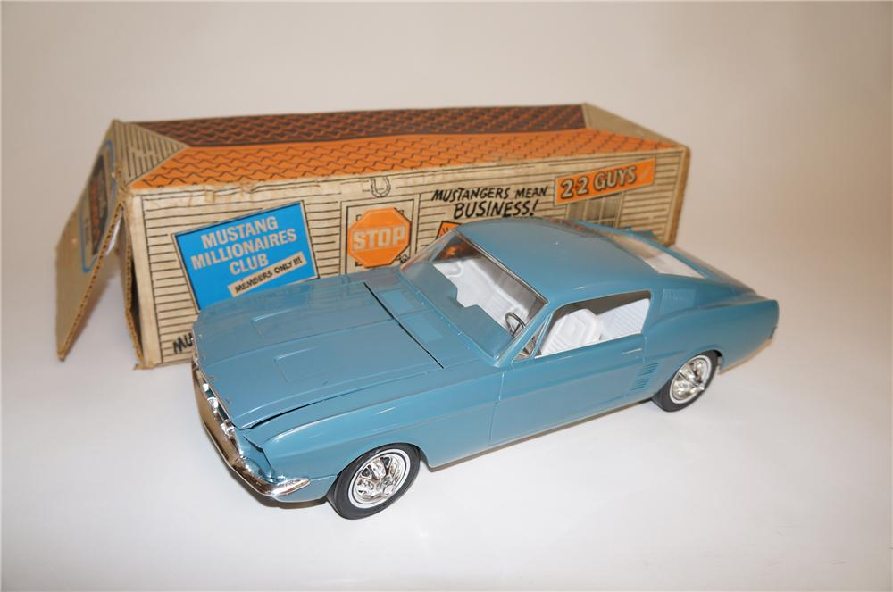 Killer 1967 Ford Mustang Fastback 2+2 motorized promotional car still in the original box. - Front 3/4 - 151807