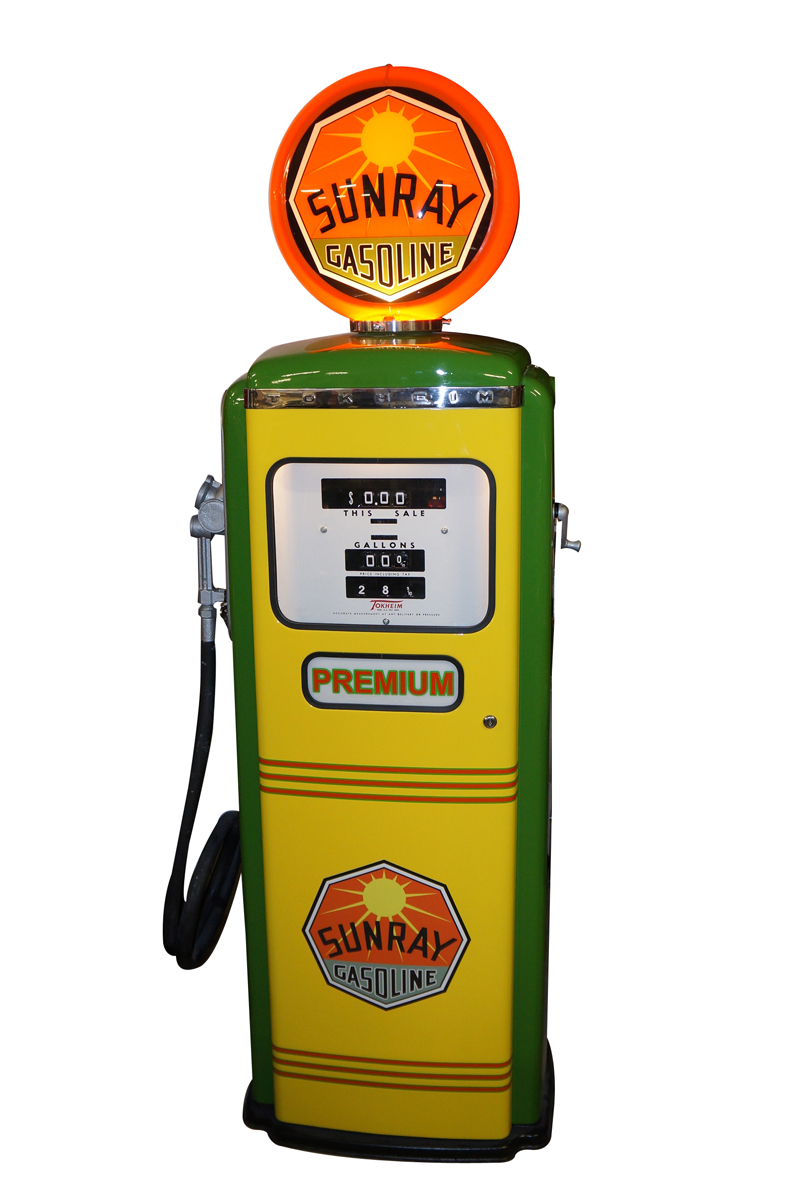 Good looking 1950s Sunray Gasoline Tokheim model #300 restored service station gas pump. - Front 3/4 - 151819