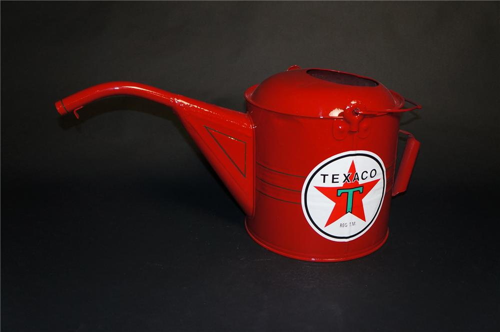 Nifty 1920s-30s Texaco Oil restored filling station radiator service/water can. - Front 3/4 - 151852