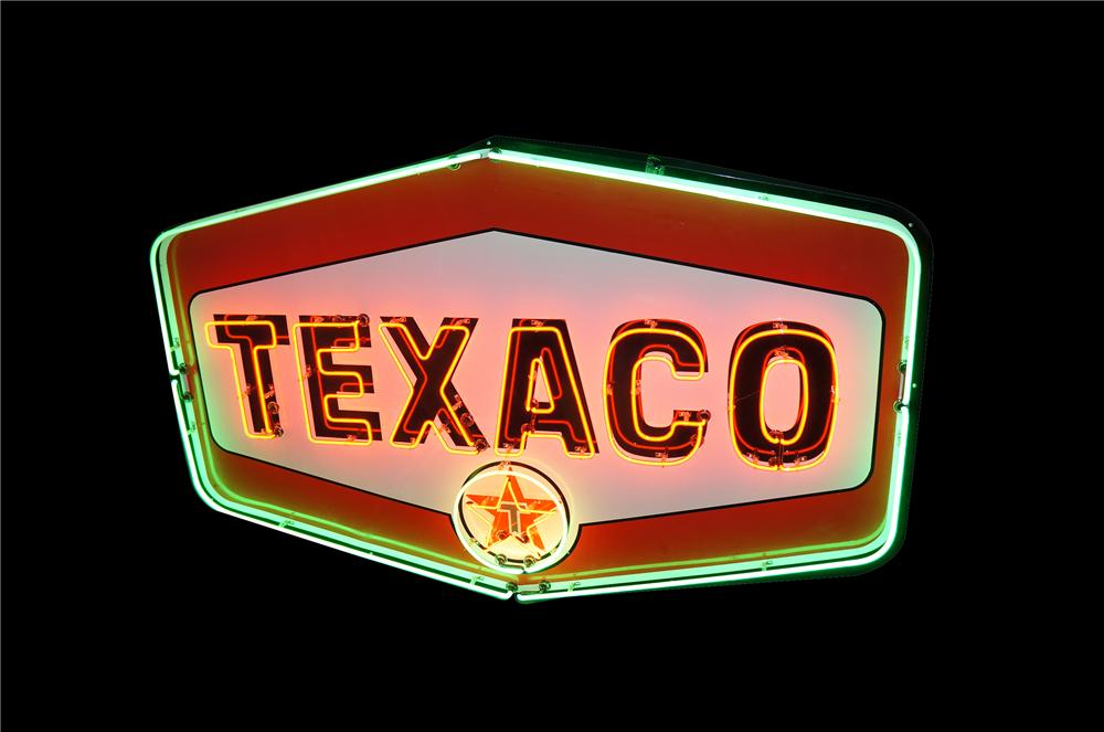 Awesome large late 1950s-60s Texaco Motor Oil single-sided porcelain service station sign with animated neon. - Front 3/4 - 154392