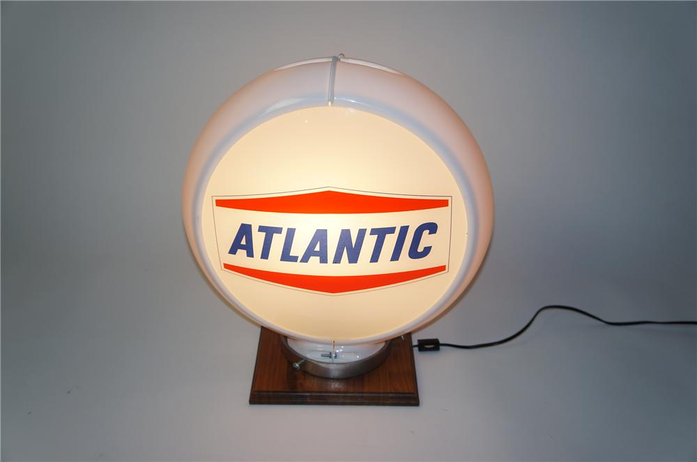 N.O.S. late 1950s Atlantic Gasoline glass faced gas pump globe in a Capcolite body. - Front 3/4 - 154537