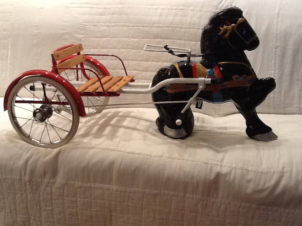 Nicely restored 1950s Mobo Horse and wagon childs pedal car. - Front 3/4 - 154691