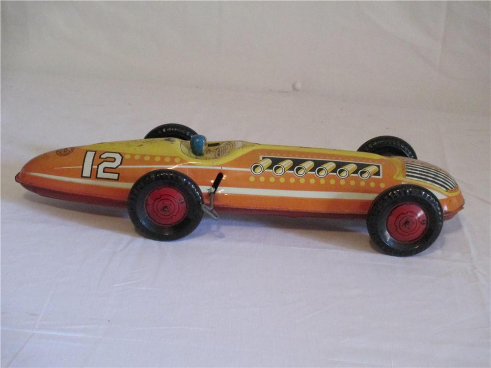 Highly desirable 1941 Marx Toys giant tin wind up Indianapolis Racer with driver. - Front 3/4 - 154704