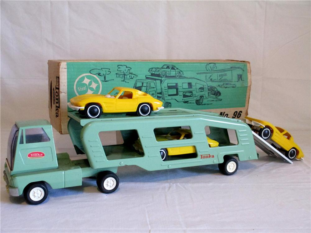 Choice 1963 Tonka Transport Trailer with three original 1963 Yellow split window Corvettes. - Front 3/4 - 154705