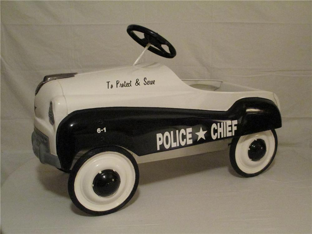 "1952 Murray dip side ""To Protect and Serve"" Police Chief Pedal car with chain drive.  Excellent restoration! - Front 3/4 - 154712"