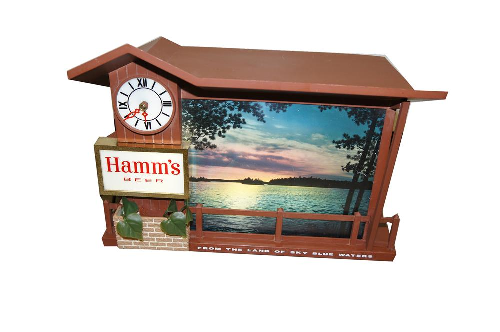 "Highly desirable vintage Hamms Beer ""Sunsets"" light up tavern clock/sign. - Front 3/4 - 158008"