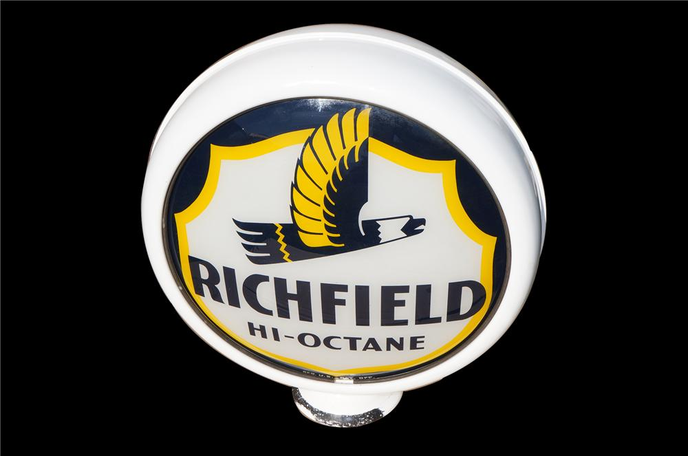 Very impressive 1940s Richfield Hi-Octane metal bodied gas pump globe with eagle logo. - Front 3/4 - 158262