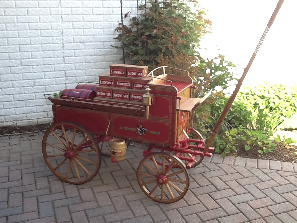 Beautiful hand built replica of the Anheuser-Busch wagon pulled by the famous Clydesdales. - Front 3/4 - 158287