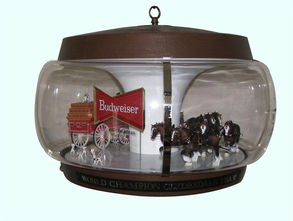 Fantastic Budweiser On Parade light-up rotating tavern sign featuring the world famous Budweiser Clydesdales. - Front 3/4 - 158324
