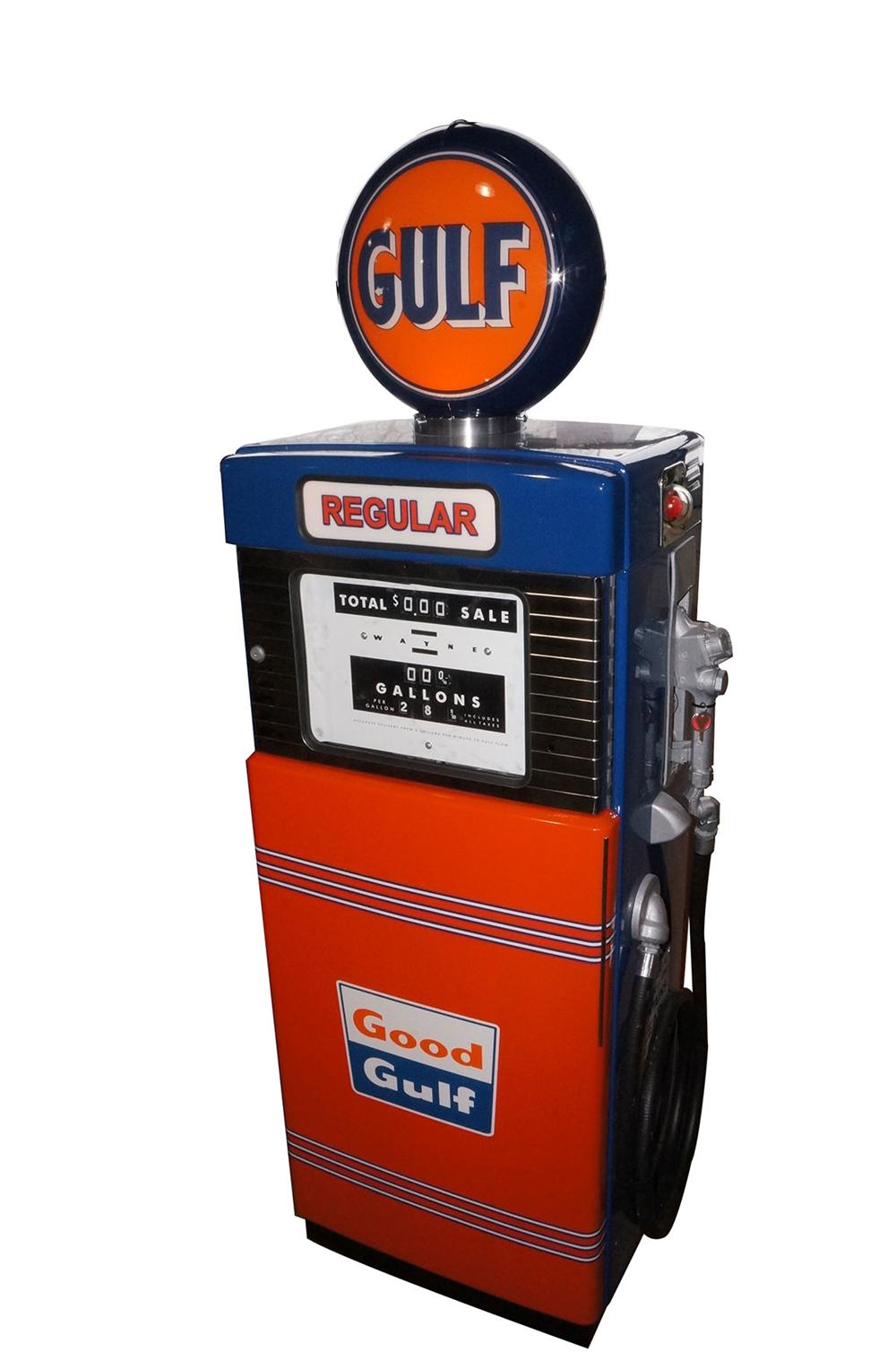 "Fantastic late 50's-early 60's Gulf Oil ""Regular Gasoline"" Wayne model #  restored service station gas pump. - Front 3/4 - 162645"