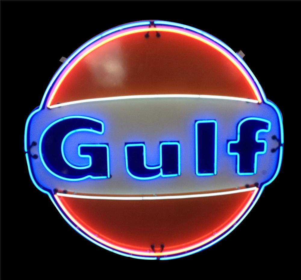 Spectacular late 1950' restored Gulf Oil single-sided porcelain with animated neon service station sign. - Front 3/4 - 162765