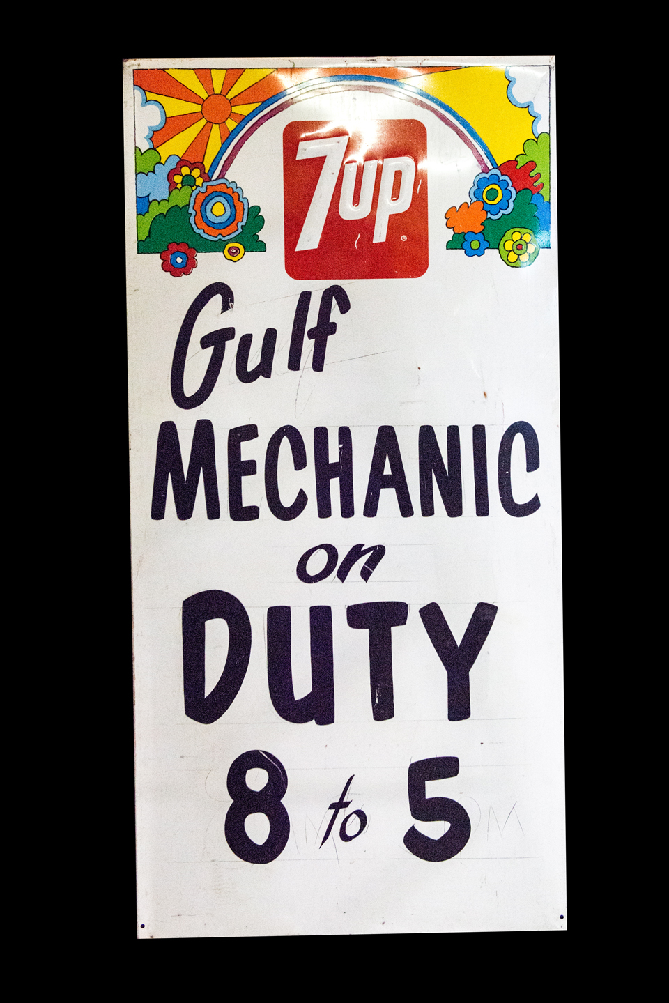 Nifty 1960's 7-up Gulf on Service station embossed tin sign.  Possibly never used. - Front 3/4 - 162877