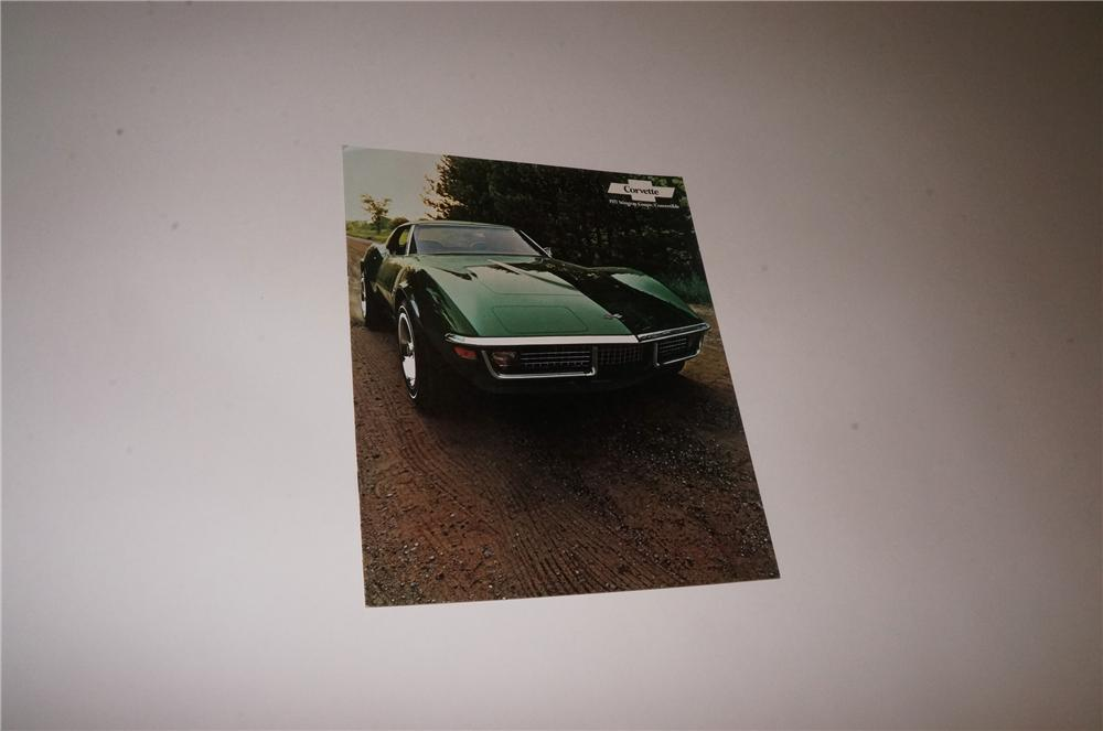 N.O.S. 1971 Chevrolet Corvette Stingray Couple/Convertible 12 page color showroom sales brochure. - Front 3/4 - 163114