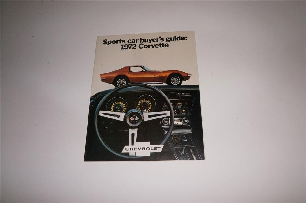 N.O.S. 1972 Chevrolet Corvette Sport's Car Buyers Guide illustrated brochure flip out poster. - Front 3/4 - 163115