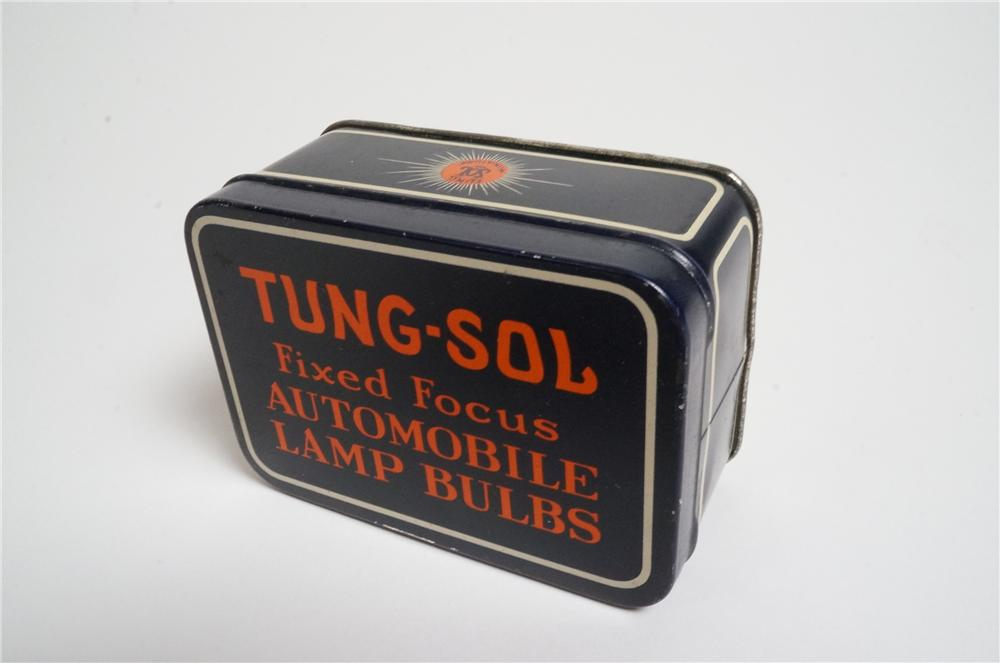 Fabulous 1920's-30's Tung-Sol Fixed Focus Automobile Lamps Bulbs tin. - Front 3/4 - 163137