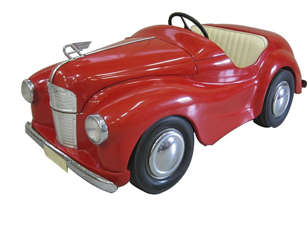 Hard to find 1950's Austin J40 pedal car made in England.  Nice restored with working bonnet! - Front 3/4 - 163154