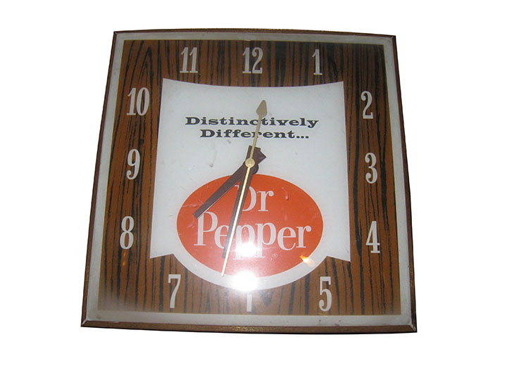 Very nice 1960's Dr. Pepper glass face light-up diner clock. - Front 3/4 - 163204