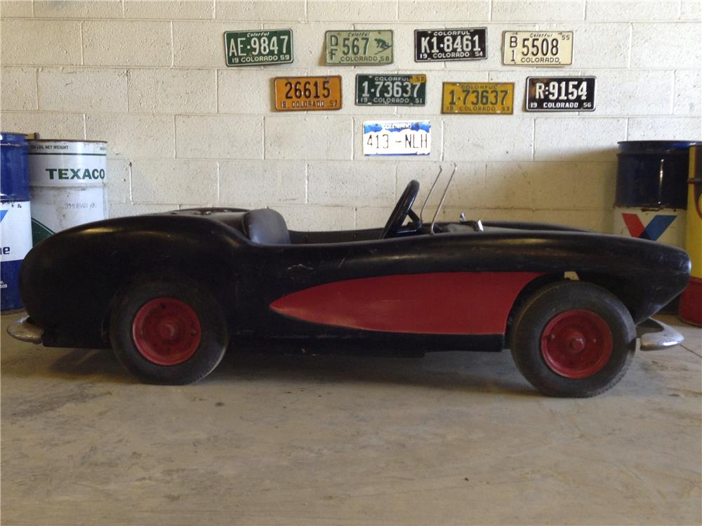 Addendum Item - Amazing barn find 1959 Amroc Corvette Go-kart fashioned after a 1956 Corvette. - Front 3/4 - 166533