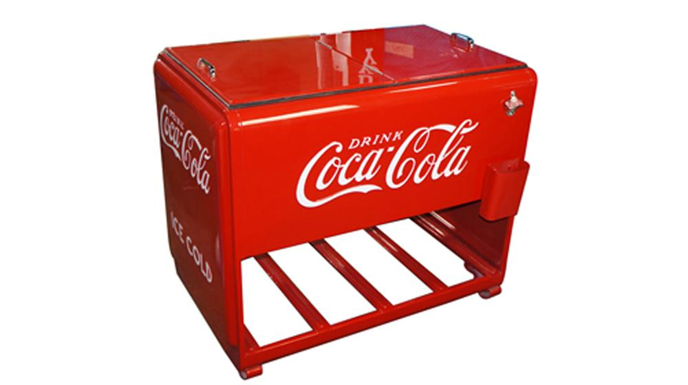 Wonderfully restored 1930's Coca-Cola Westinghouse Master bottle cooler designed for use at filling stations and general stores. - Front 3/4 - 170587