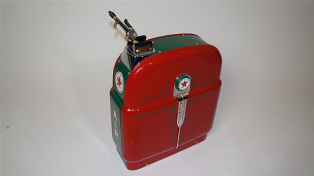 Stunning 1940's restored Texaco Oil Alemite Equipment service station air hose reel. - Front 3/4 - 170638