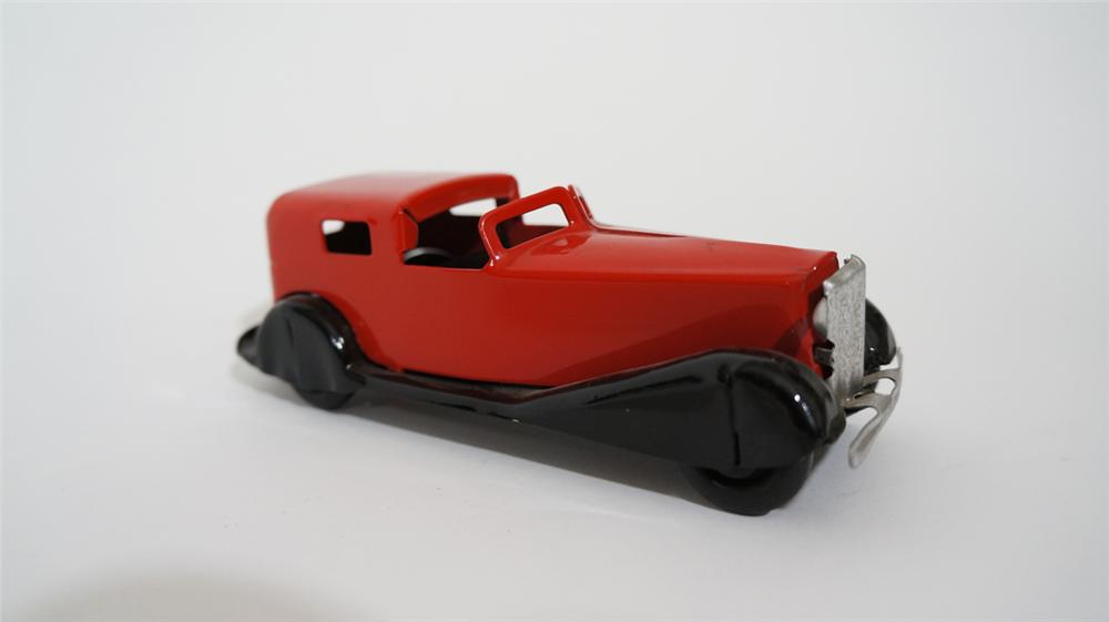 Perfectly restored 1930's Wyandotte toys pressed steel limo with separated driver cock pit. - Front 3/4 - 170713