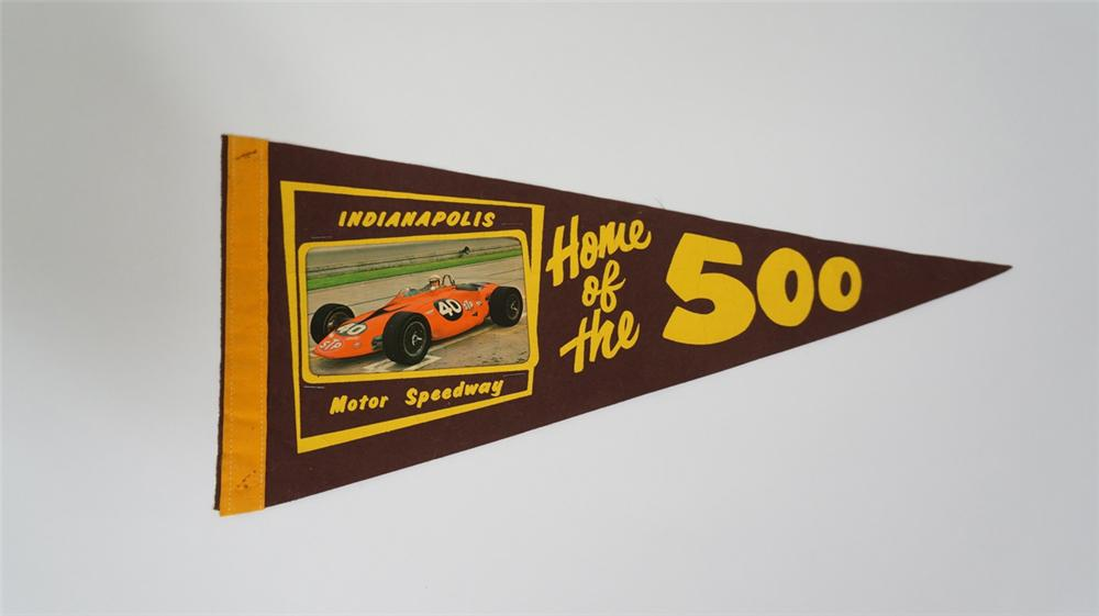 "1967 Indianapolis Motor Speedway ""Home of the 500"" racing pennant featuring Parnelli Jones. - Front 3/4 - 170719"