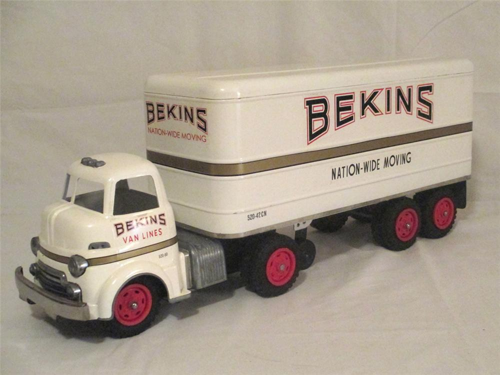 1950's Bekins Nation-Wide Moving Storage restored tractor and trailer. - Front 3/4 - 170900
