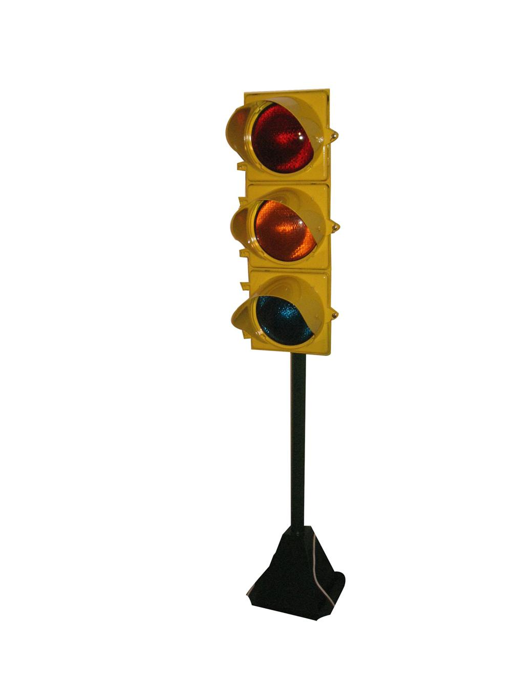 Beautifully restored 1950's Traffic light mounted on base with flashing lights. - Front 3/4 - 170911