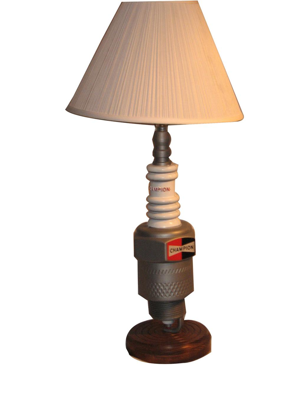 Original Champion Spark Plugs salesman's office lamp found in fabulous conditon. - Front 3/4 - 170919