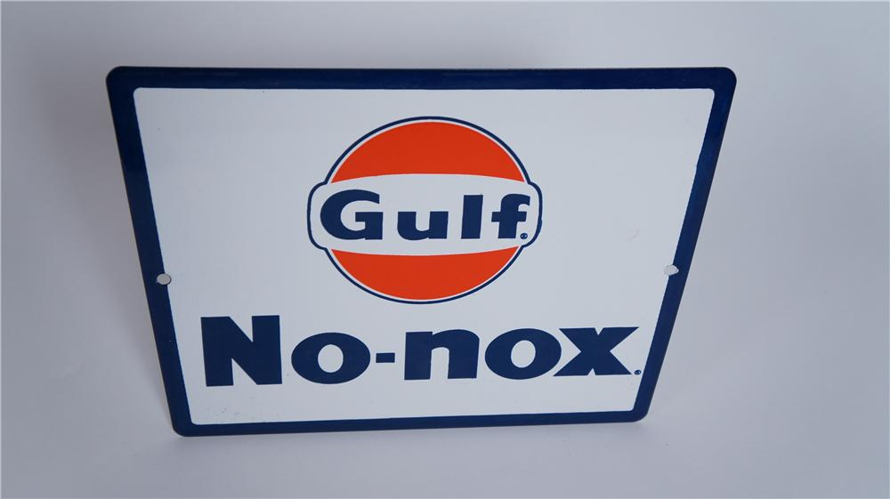"N.O.S. late 1950's Gulf Oil ""No-Nox"" porcelain pump plate sign with logo. - Front 3/4 - 174808"