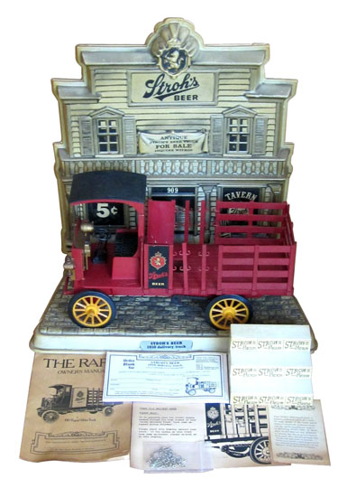 1970's Stroh's Beer tavern bar back display featuring a 1910 Rapid Motor Delivery Truck. - Front 3/4 - 174888