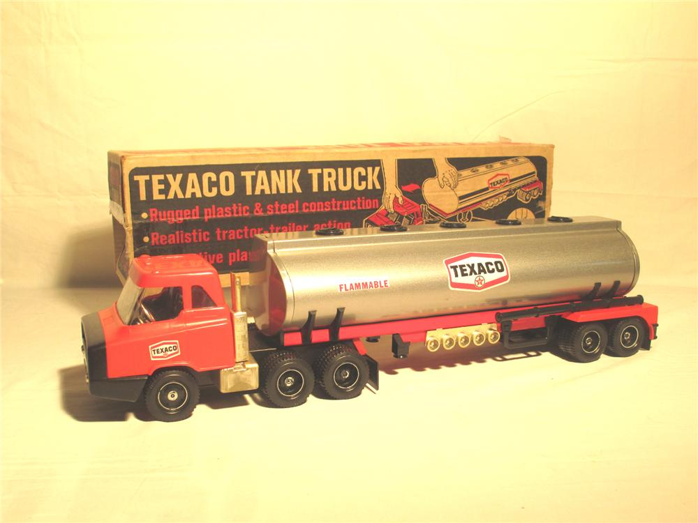N.O.S. 1960's Texaco Dealer promotional tank truck tractor trailer still in the original box. - Front 3/4 - 174900