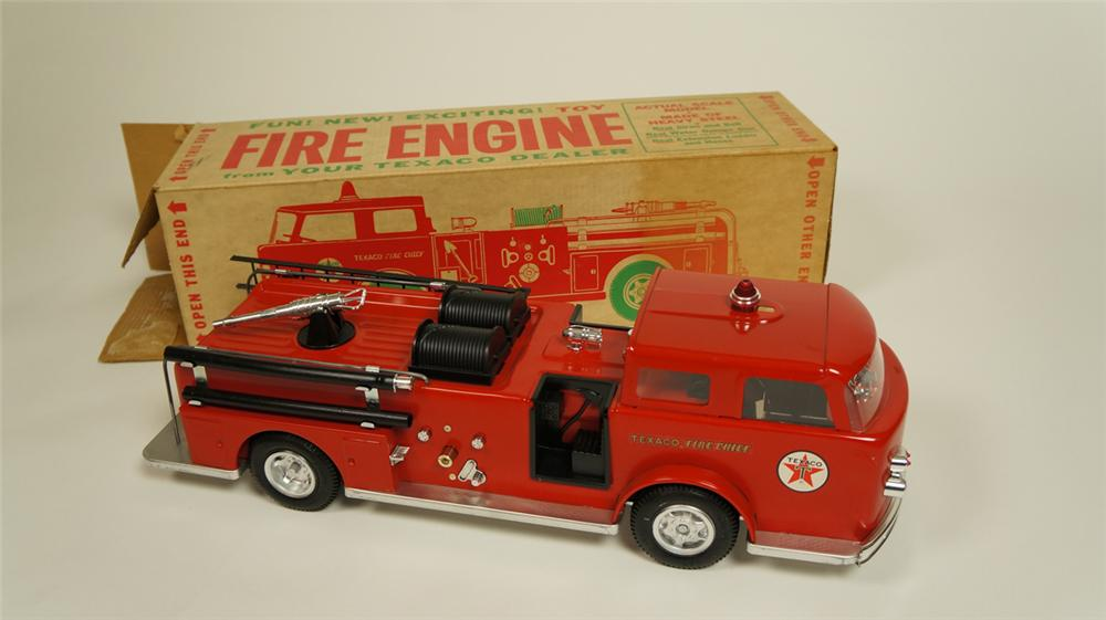 Fabulous 1960's Texaco dealer promotional Fire Engine complete and still in the original box. - Front 3/4 - 174970