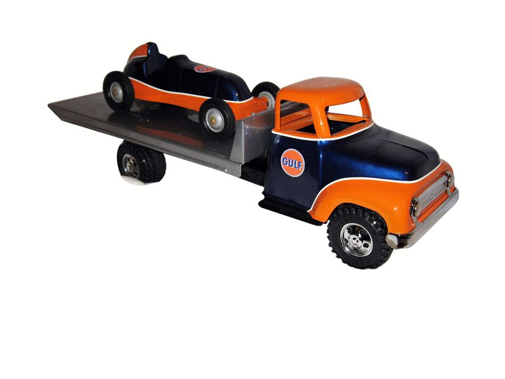 One of a kind combination of a restored custom 1950's Tonka Rollback and a Thimble drone race which is simply gorgeous! - Front 3/4 - 175101