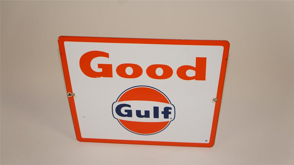 Sharp late 1950's-early 60's Good Gulf Gasoline singe-sided porcelain pump plate sign with logo. - Front 3/4 - 177723