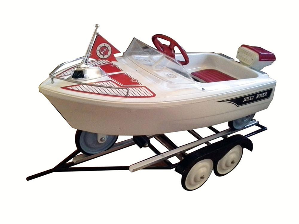 Exceptionally restored Murray Jolly Roger speed boat pedal car - Front 3/4 - 177917