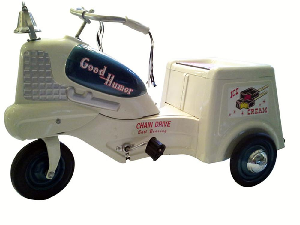 Nicely restored 1950's Good Humor Ice Cream delivery pedal car tricycle. - Front 3/4 - 177918
