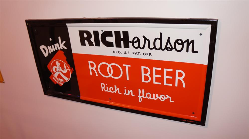 N.O.S. 1950's Richardson Root Beer self-framed horizontal tin sign with nice colors! - Front 3/4 - 178782