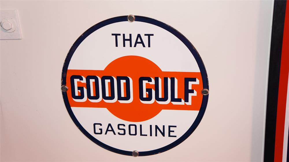 "1950's Gulf Oil ""That Good Gulf"" single-sided porcelain pump plate sign. - Front 3/4 - 178816"