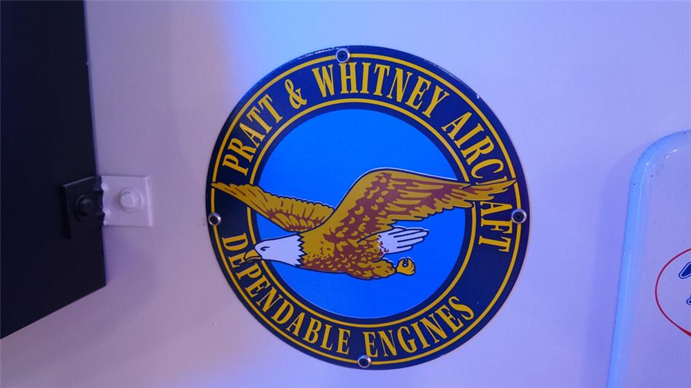Reproduction Pratt and Whitney Aircraft Engines single-sided porcelain sign. - Front 3/4 - 178841