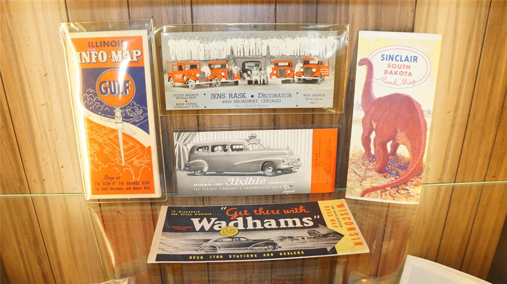Lot of five pieces of 1930'-40's service station Ephemera consisting of Gulf, Sinclair, Wadhams items and Flixble items. - Front 3/4 - 179040