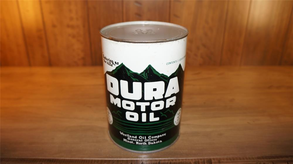 Scarce 1930's Dura motor oil metal quart can. Condition: Display 9.0 reverse Excellent + - Front 3/4 - 179178