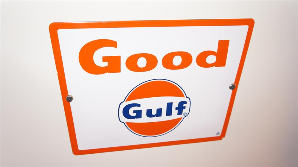 N.O.S. late 1950's-early 1960's Good Gulf Gasoline single-sided porcelain pump plate - Front 3/4 - 179369