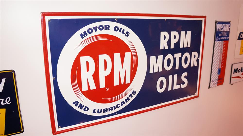 Large N.O.S. RPM Motor Oils single-sided self-framed tin service station sign. - Front 3/4 - 179379