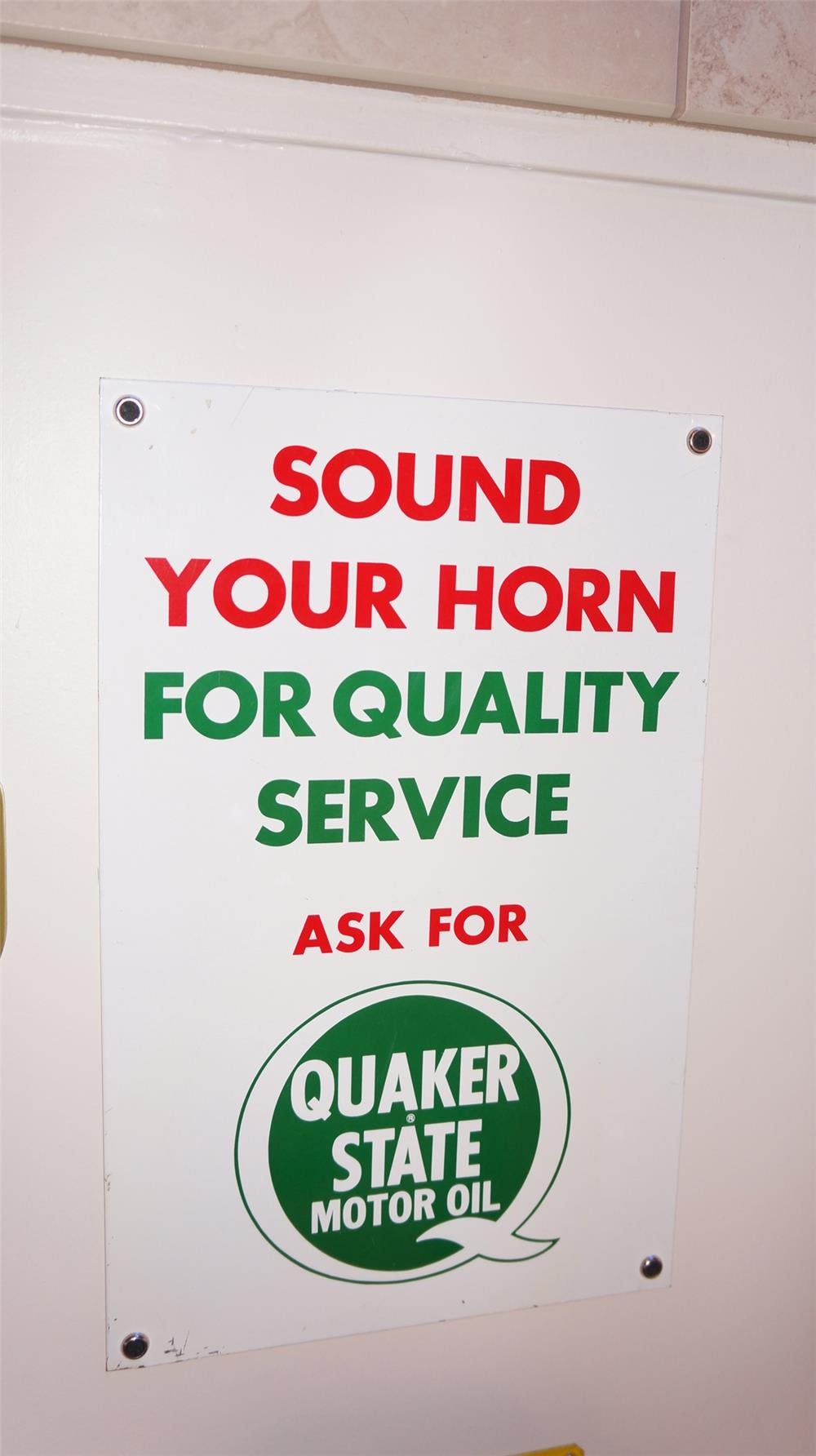 "N.O.S. 1960's Quaker State ""Sound Your Horn"" single-sided tin automotive garage sign. - Front 3/4 - 179446"